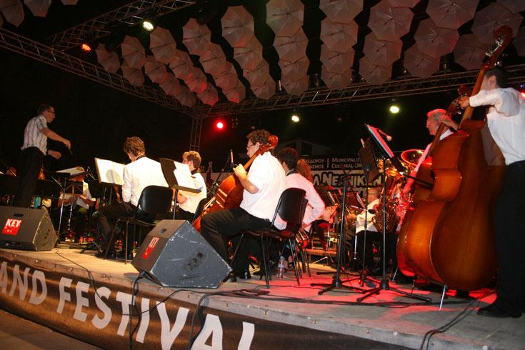 Λέηδα, Δημοτική Ορχήστρα Πνευστών, ΙΣΠΑΝΙΑ