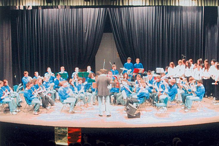 Ορχήστρα Πνευστών του Γυμνασίου Τιόνε, Ιταλία